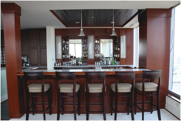 6 Essentials Tools for Your Home Bar
