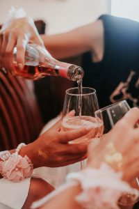 Driest White Wine Types and How to Understand the Taste